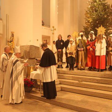 Sternsinger St. Theresia unterwegs in Weilimdorf – Neujahrsempfang bei Bischof Gebhard Fürst