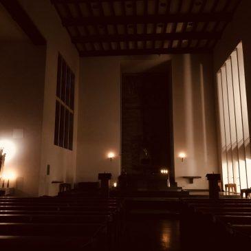 Schauen-Hören-Beten